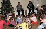 Мы налепим снежков, с ними поиграем... Новогодние мастерклассы в детском клубе Ирвин.