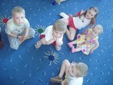 Занятия у младшей группы - Миша, Игорек, Стася, Паша и маленькая Арина